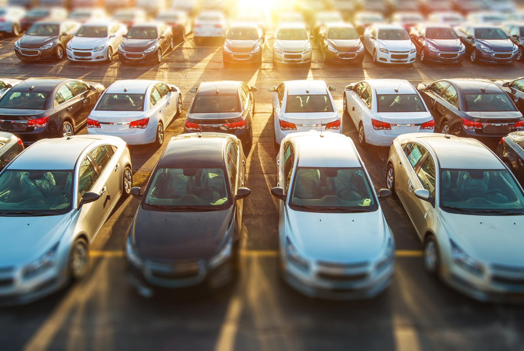 Ojetá auta zdražují navzdory krizi.