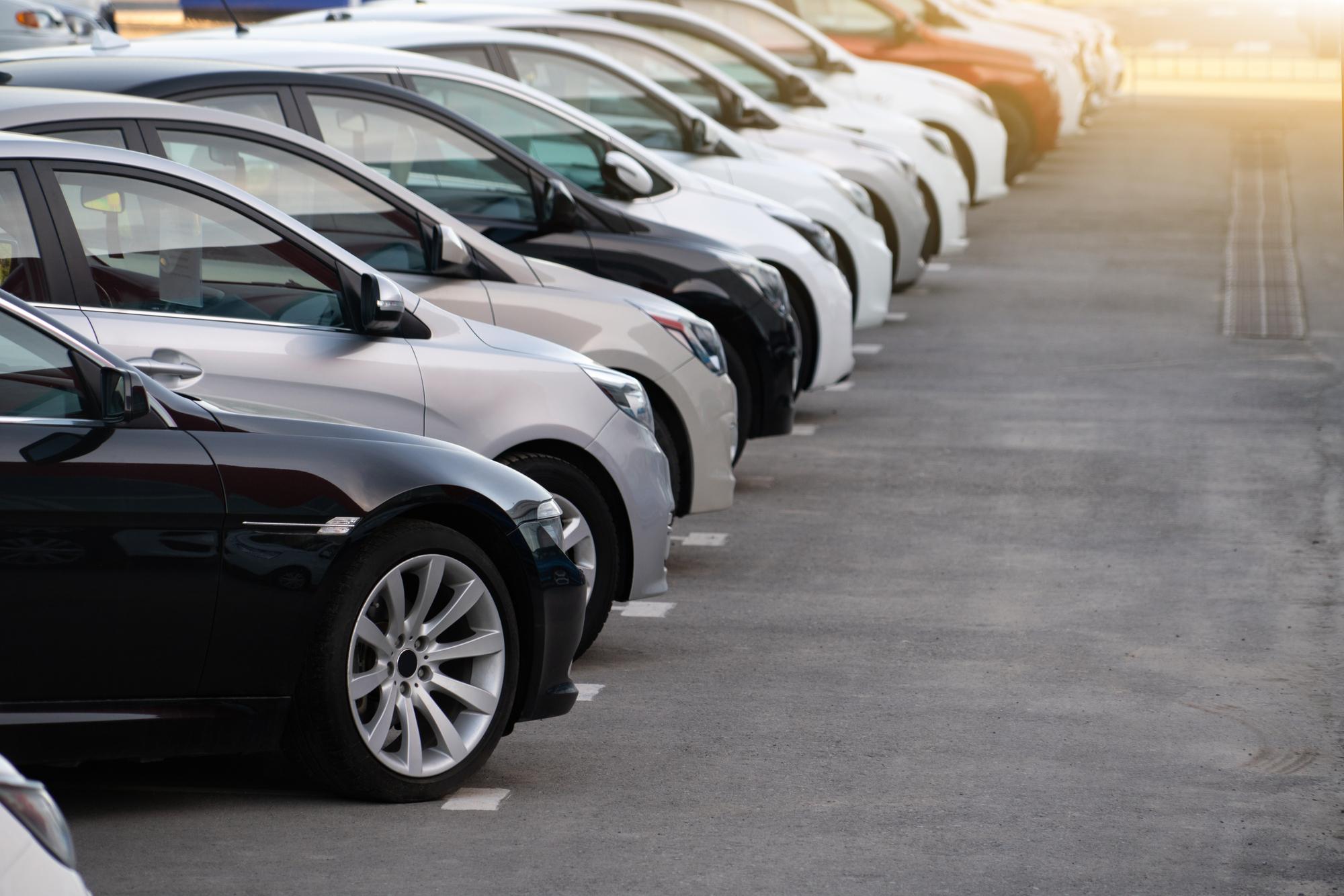 Informace, statistiky a zajímavosti z oblasti prodeje ojetých vozidel